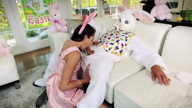 brunette blowjob Teen sloppy kiss first time Uncle Fuck Bunny