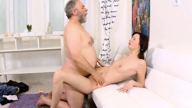 hardcore brunette Breathtaking diva gets gash loving act