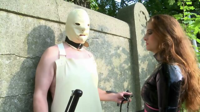 femdom bdsm Lady Anna - final outdoor education