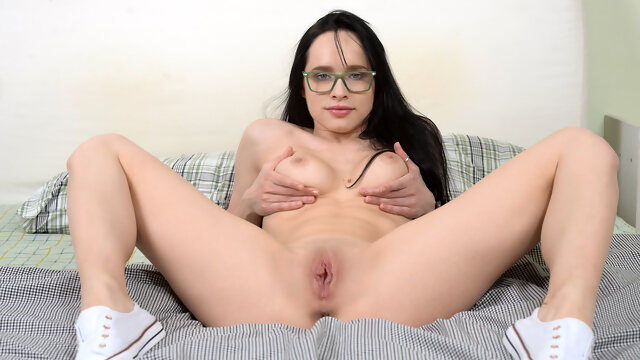 brunette big tits Juicy Leila in Points Of Pleasure - Nubiles