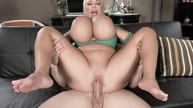 big ass bbw I'm Highly Orgasmic! - Claudia Marie and J Mac - Scoreland