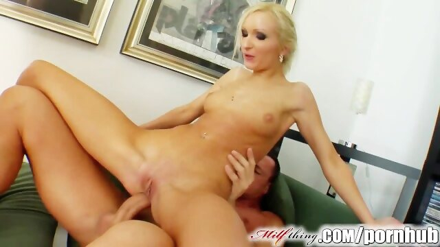 double milfthing Milf Thing MILF Angelina has a new beauty routine with cum facials