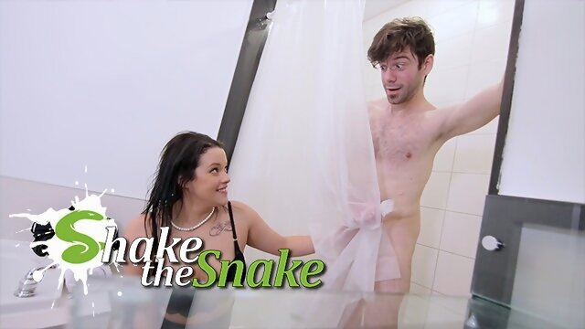 mom shakethesnake Shake The Snake - Landlord Milf Fucks Young Cock for Rent