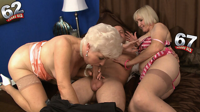 big tits big ass Jewel And Lola Lee: The Suck-Off - Jewel And Lola Lee - 60PlusMilfs