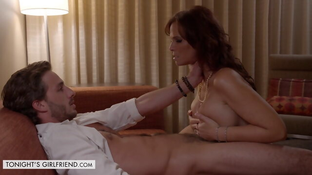 hd videos milf Mom in first-class hotel after a hard day, Syren De Mer