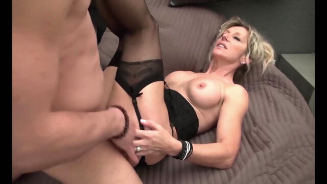 blowjob blonde French Realtor Milf