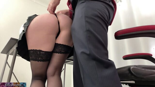 anal amateur Secretary takes it in the ass before going home