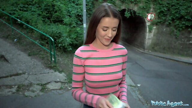 blowjob babe Public Agent Sybil Kailena wonders into the path of a guy