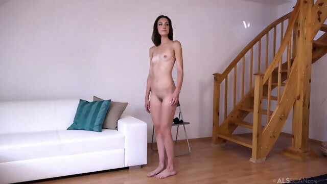 brunette blonde Multiple women audition and ass spreading is mandatory