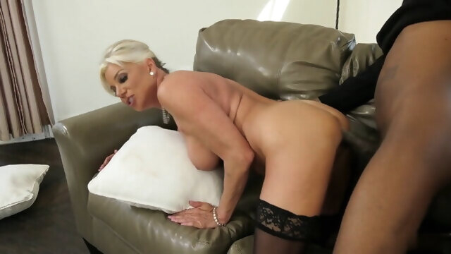 mature cumshot The start of my granny fetish 0326