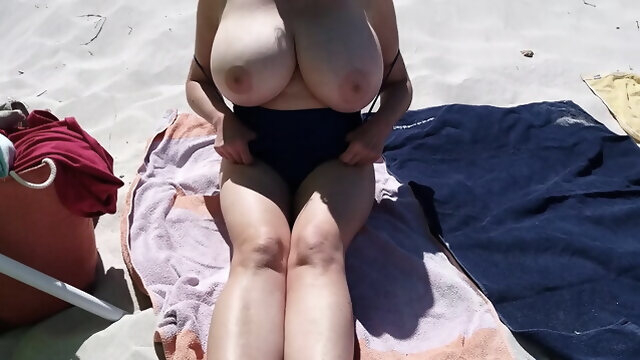 mature amateur French Mature