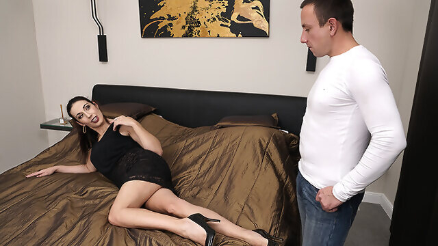european dutch Naughty Shaved Housewife Fucking And Sucking - MatureNL